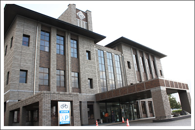 尾張旭市勤労福祉会館(渋川福祉センター)外観